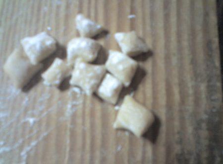 Gnocchi senza patate (gnocchi napoletani)