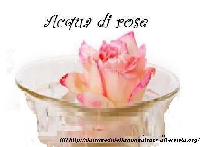 Acqua di rose proprietà, utilizzo e ricetta