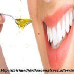 Oil pullingper purificare il cavo orale e disintossicarsi